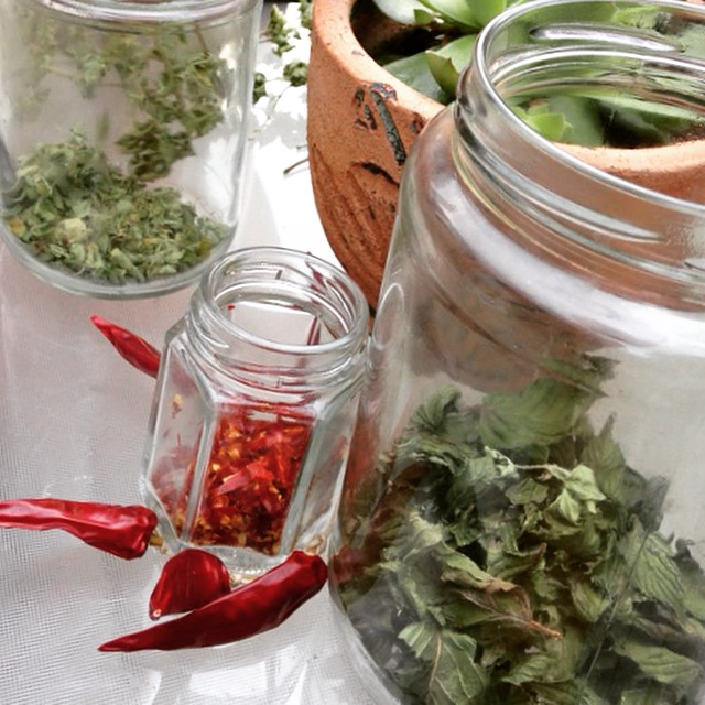 Dried mint, oregano and cayenne peppers